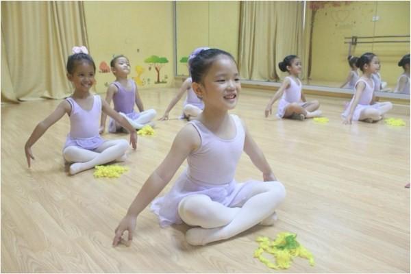 pre-primary-kursus-balet-pekanbaru-enpointe-3